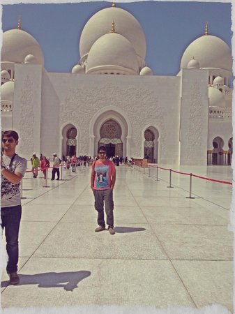 Dress Code For The Mosque Picture Of Sheikh Zayed Grand