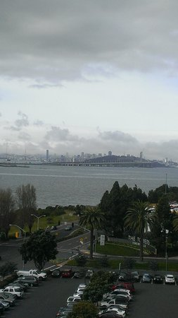 Hilton Garden Inn San Francisco/Oakland Bay Bridge: bay view 9th floor