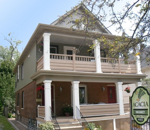 Acacia Bed & Breakfast