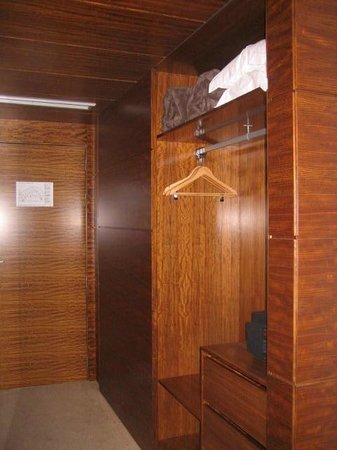Santa Maria Hotel -- Fatima: lovely wooden closets, with a safe and fridge