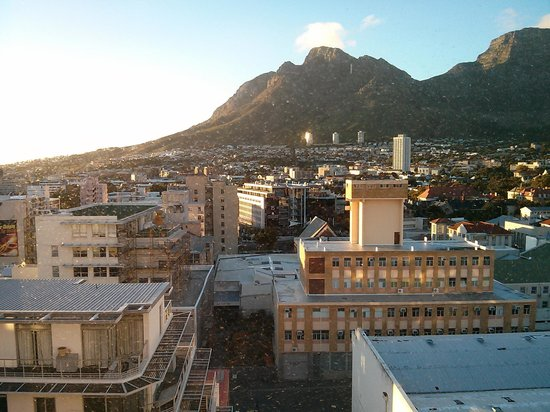 Protea Hotel Fire & Ice! Cape Town : Another outside view as seen from inside of room window