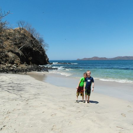 Rancho Armadillo Estate: short boat ride from Coco to a beautiful beach