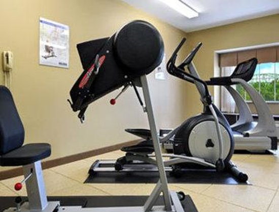 Microtel Inn & Suites by Wyndham Marietta: Fitness Center