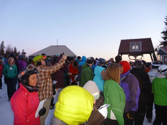 Mountain Club On Loon : Easter Service Top Of Loon Mountain Record Attendance