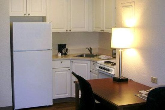 Extended Stay America - Seattle - Everett - Silverlake: Fully-Equipped Kitchens