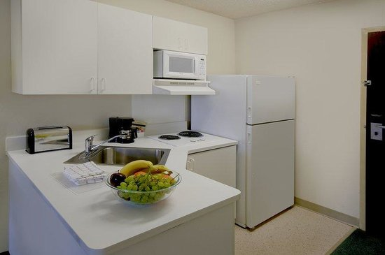 Extended Stay America - Lynchburg - University Blvd.: Fully-Equipped Kitchens