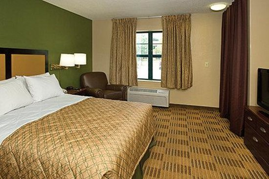 Extended Stay America - Chicago - Naperville - West: Queen Studio