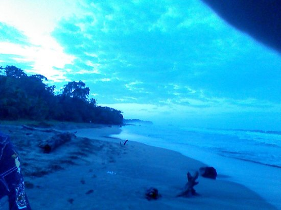 Aguas Claras Beach Cottages: Playa Chiquita