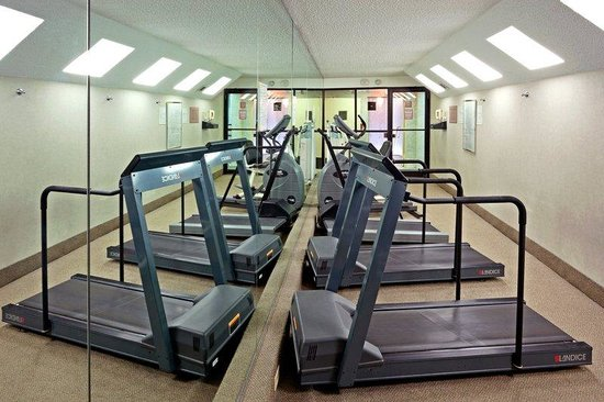 Holiday Inn Carteret - Rahway: Fitness Center