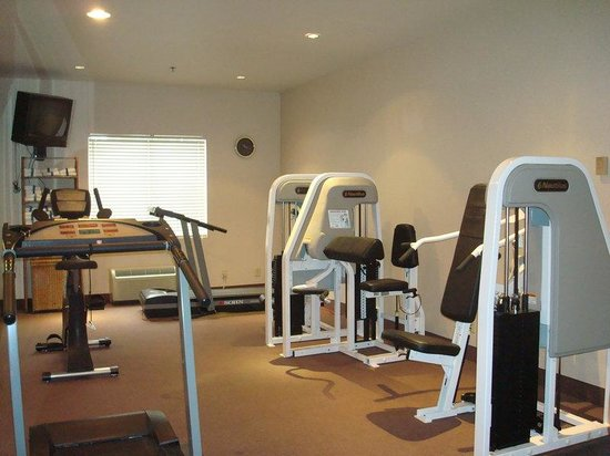Holiday Inn Express Eagle Pass: Fitness Center