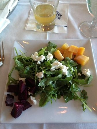 Stage Neck Inn: beet salad with goat cheese
