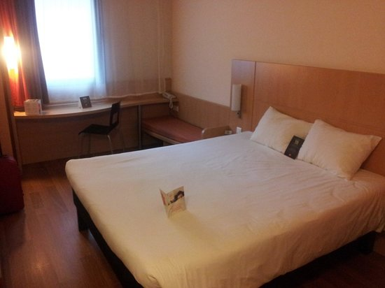 Ibis Bilbao Centro : Cama 