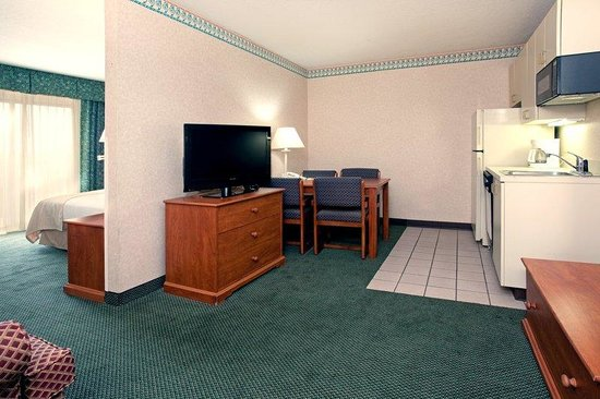 Holiday Inn Hotel & Suites Price: Guest Room