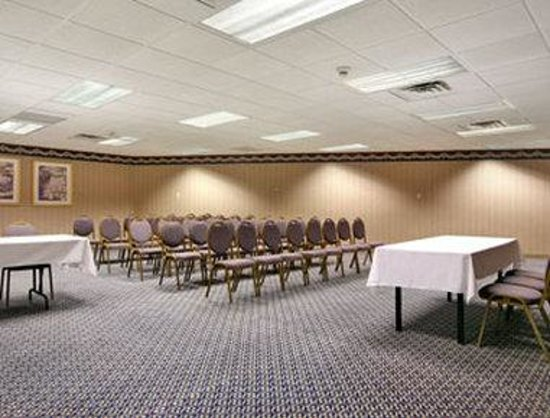 Howard Johnson Inn & Suites Springfield: Meeting Room 1
