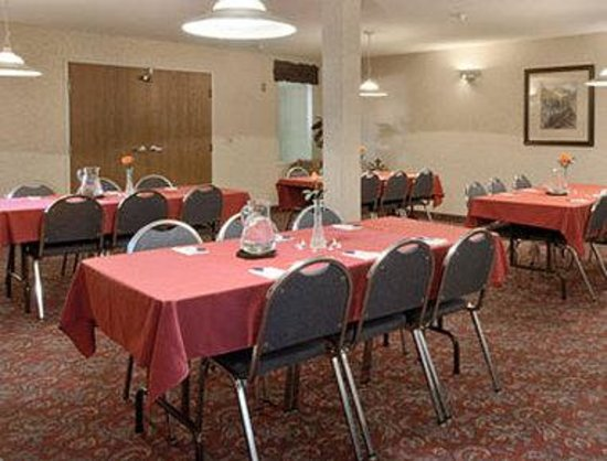 Howard Johnson Express Inn - Cedaredge: Meeting Room