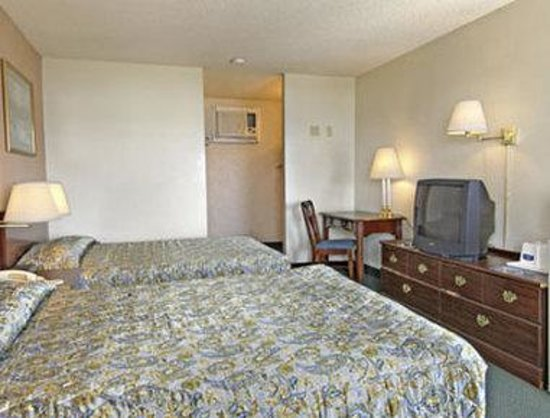 Howard Johnson Express - Redding: Guest Room