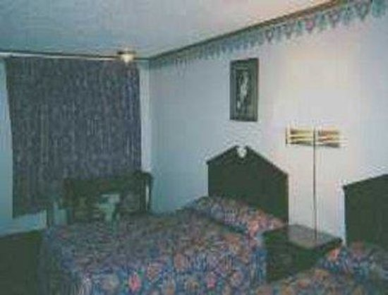 Sterling Heights, MI: Guest Room Two Beds