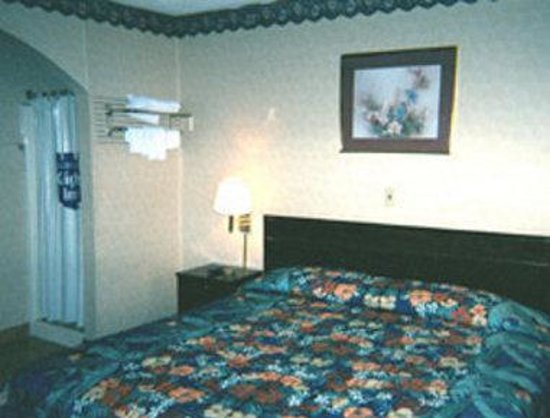 Knights Inn Newark Airport-Elizabeth: Jacuzzi Suite