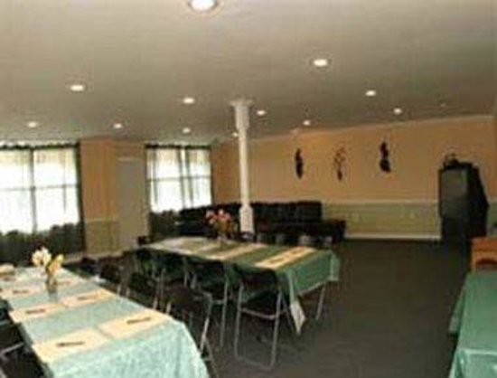 Knights Inn Trevose: Meeting Room