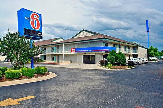 Photo of Motel 6 Huntsville - Madison