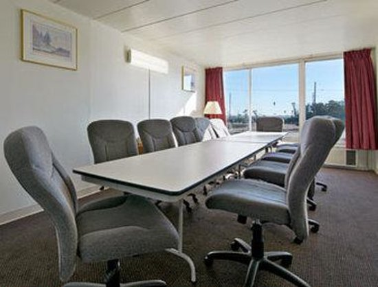 Super 8 East Hazel Crest: Meeting Room