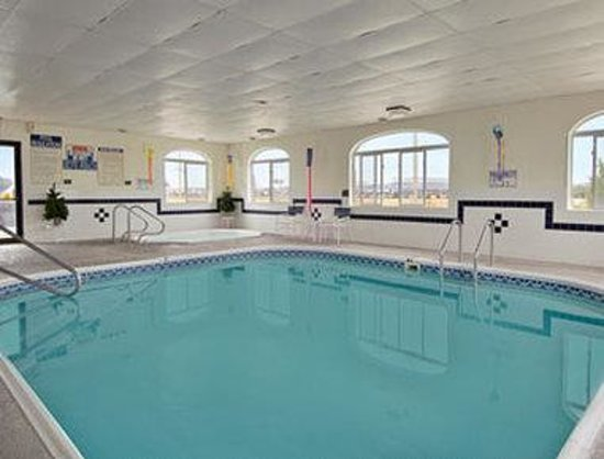 Scottsbluff, NE: Pool