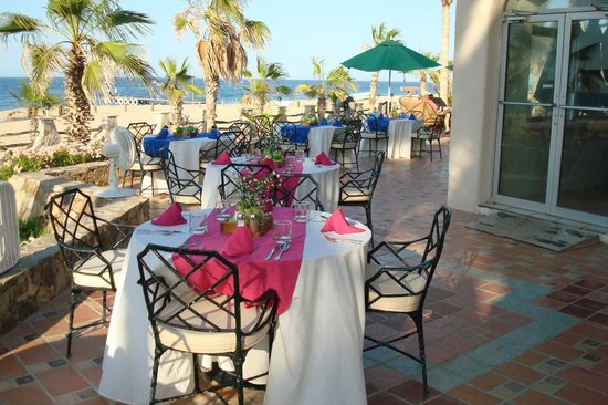 Hotel Buena Vista Beach Resort: breakfast on the beach