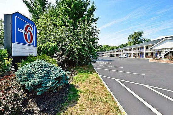 Motel 6 - Albany Airport