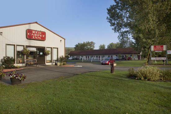 Red Carpet Inn & Suites Leatherstocking Lodge: Exterior