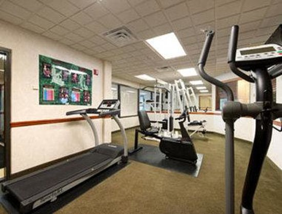 Wingate by Wyndham Jacksonville / Mayo Clinic Area: Workout Room