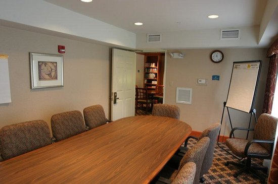 Staybridge Suites Detroit-Utica: 8 Seat Conference Room