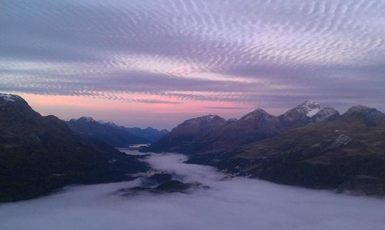 Samedan, Schweiz: Sunrise from the hotel