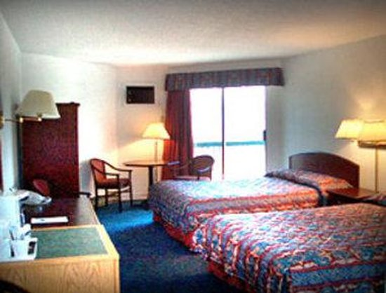 Howard Johnson Inn Kamloops: Guest Room