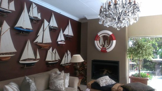 The Residence Boutique Hotel: boat lounge
