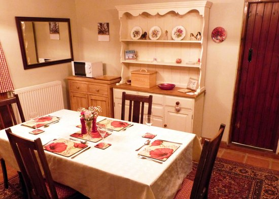 Wotton-under-Edge, UK: Dining room