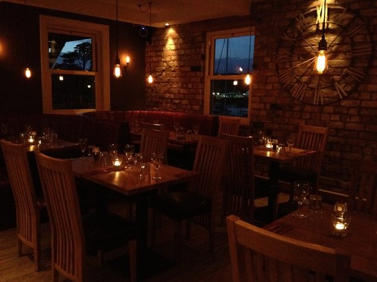 Abersoch, UK: The warm and welcoming Zinc restaurant.