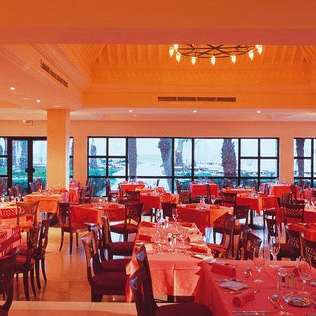 Park Inn by Radisson Ulysse Resort & Thalasso Djerba: Restaurant