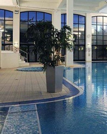 Velocity health and fitness club picture of village hotel wirral bromborough tripadvisor for Wirral hotels with swimming pools