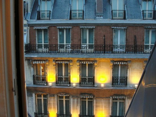 Sofitel Paris Le Faubourg: Inside room view