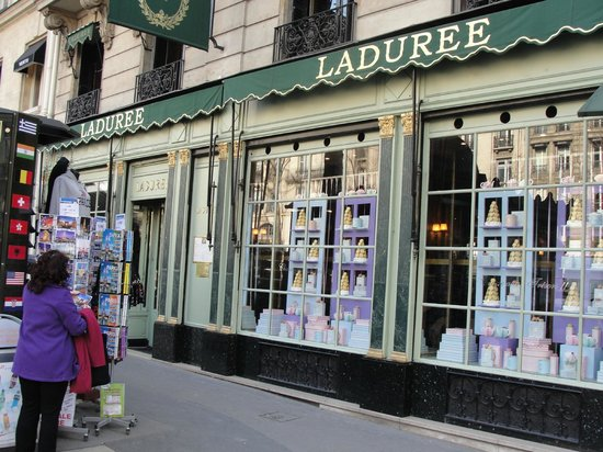 Sofitel Paris Le Faubourg: Laduree for great macaroons