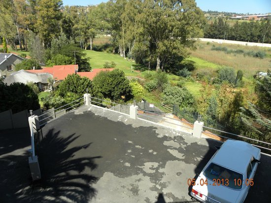 Roodepoort, Zuid-Afrika: View from the Dining room