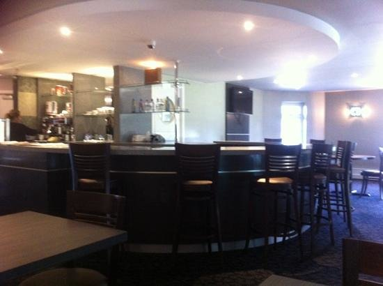Holiday Inn Darlington A1 Scotch Corner: Bar at pool