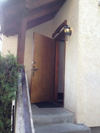 Hotel Pension Anna: the doorway of the Alte Kappel.