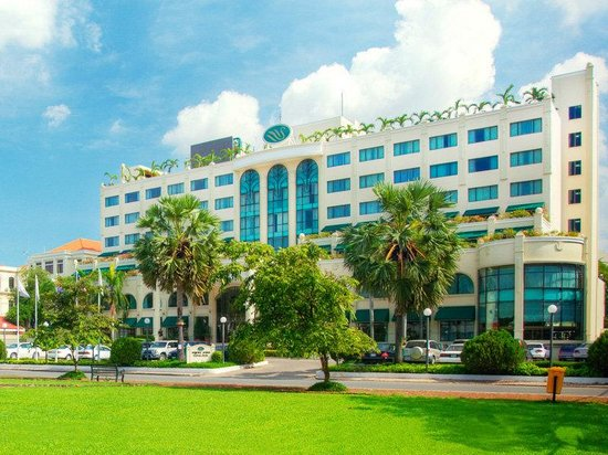 Sunway Hotel Phnom Penh: Hotel Exterior
