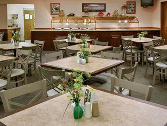 Howard Johnson Hotel - Branson : Harolds Grill 