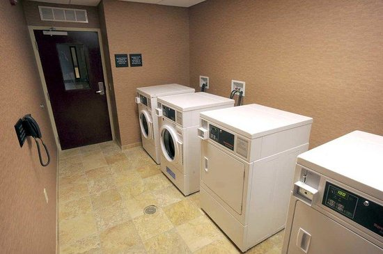 Hampton Inn & Suites Chadds Ford: Guest Laundry
