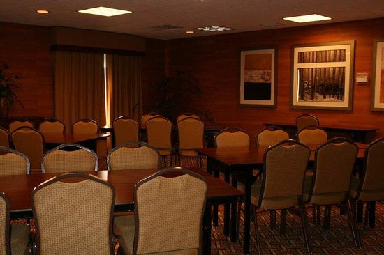Hampton Inn & Suites Colorado Springs/I-25 South: Meeting Room