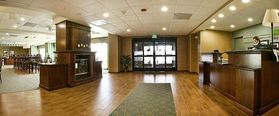 Hampton Inn Brentwood: Lobby