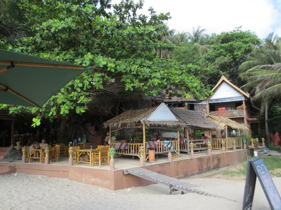 The Sanctuary Island Resort: The Sanctuary restaurant on the beach