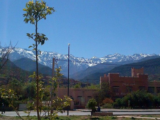 DOMAINE MALIKA Atlas mountains Hotel: View from the road at nearby Asni.